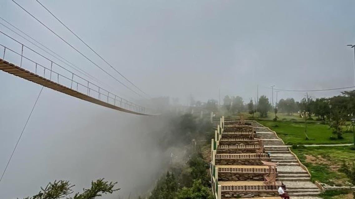 الجسر بين الضباب - تصوير أحمد سلمان