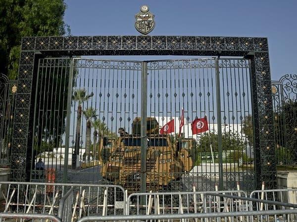 تونس.. قرارات رئاسية مرتقبة بإعفاء مسؤولين في مناصب عليا