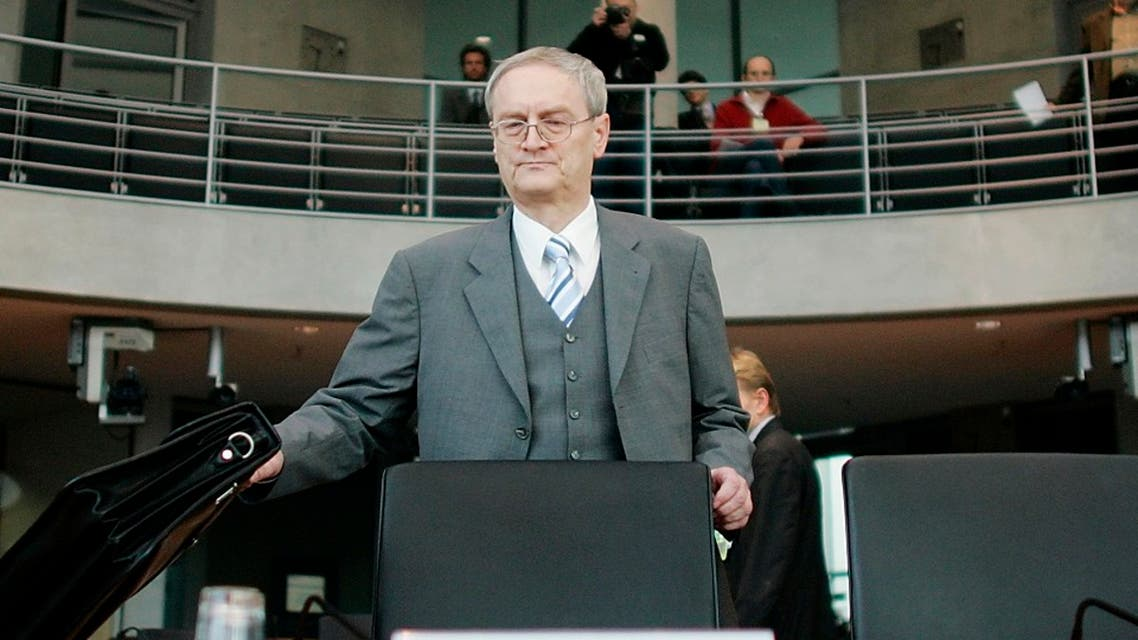 August Hanning, former state secretary at the German Interior ministry and former head of Germany's Federal Intelligence Service (BND) arrives to a parliamentary committee, March 8, 2007. (Reuters)