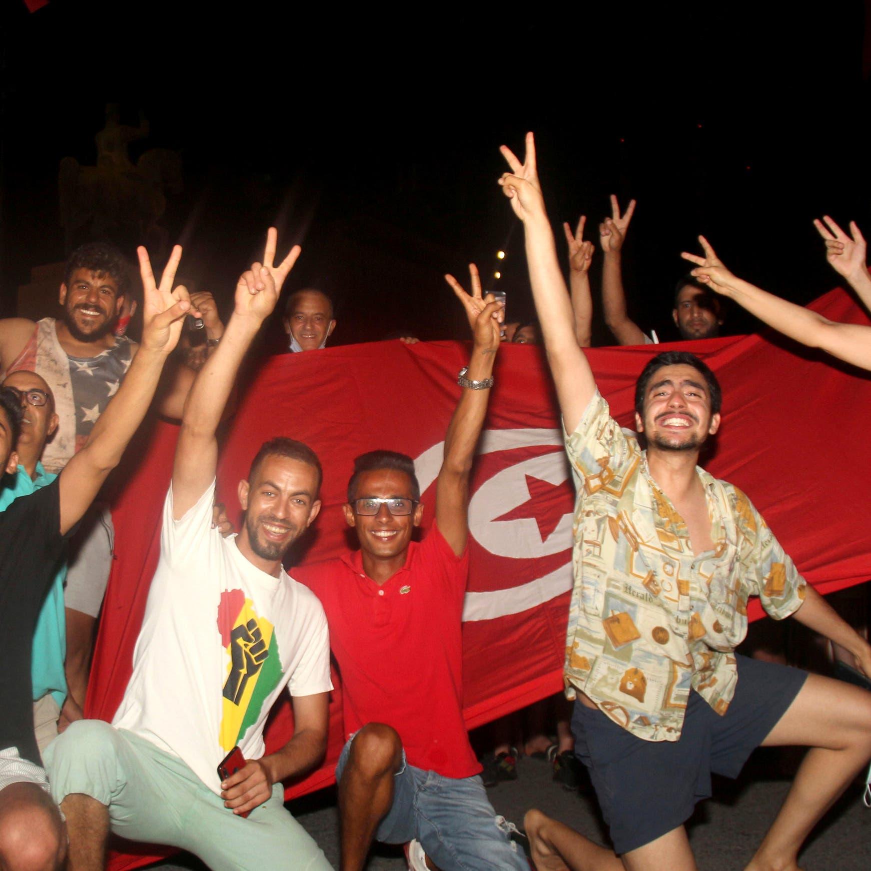 تونس.. الشارع يترقب خلفاً للمشيشي قريباً من قرطاج