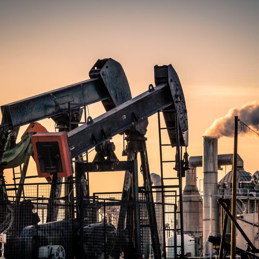 """متغير """"دلتا"""" يلقي بظلال من الشك حول آفاق الطلب على النفط"""