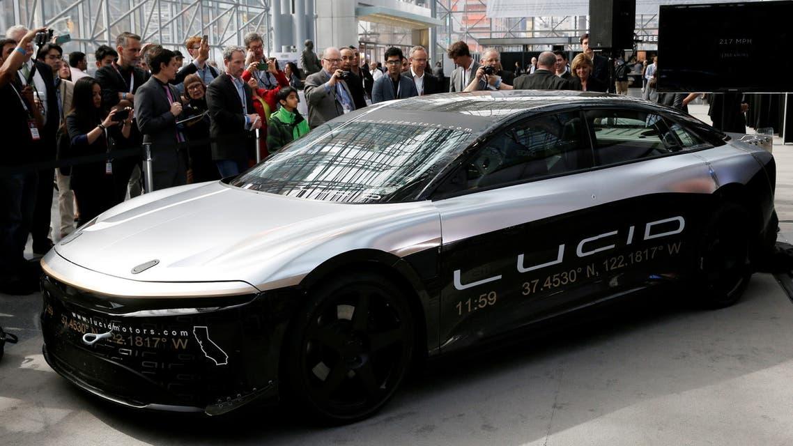سيارة لوسيد