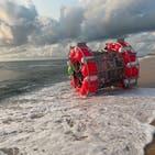 مرد ایرانی «چرخ همستر»سوار در سواحل فلوریدا از آب گرفته شد