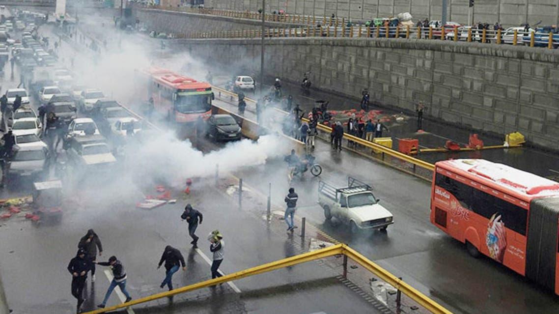 نمایی از اعتراضات آبان 98 در تهران