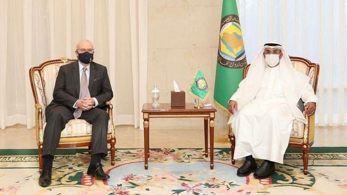 GCC Secretary General Nayef al-Hajraf with US Special Envoy for Yemen Tim Lenderking in Riyadh. (SPA)