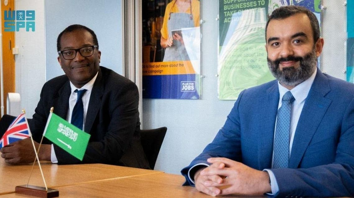 Chairman of the Board of Directors of the Saudi Space Commission (SSC), Eng. Abdullah Amer Al-Sawaha, meets with the British Secretary of State for Business, Energy and Industrial Strategy, Kwasi Kwarteng. (SPA)