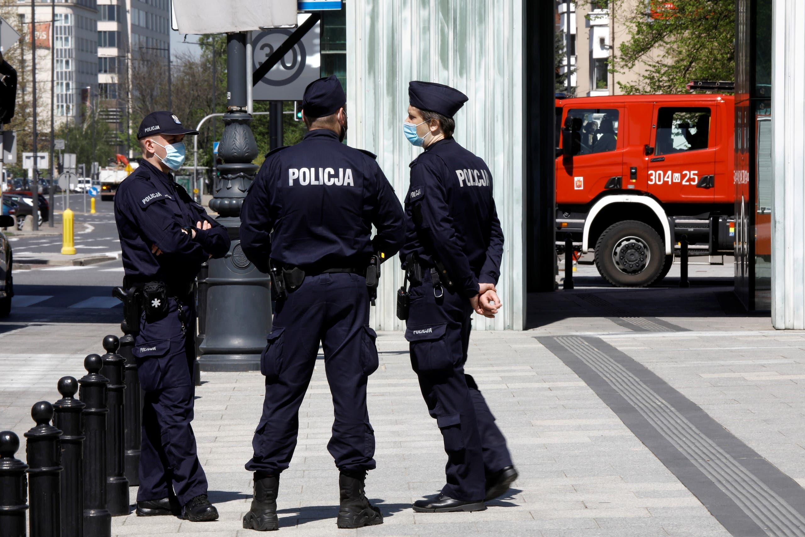 عناصر من الشرطة البولندية في وارسو (أرشيفية)