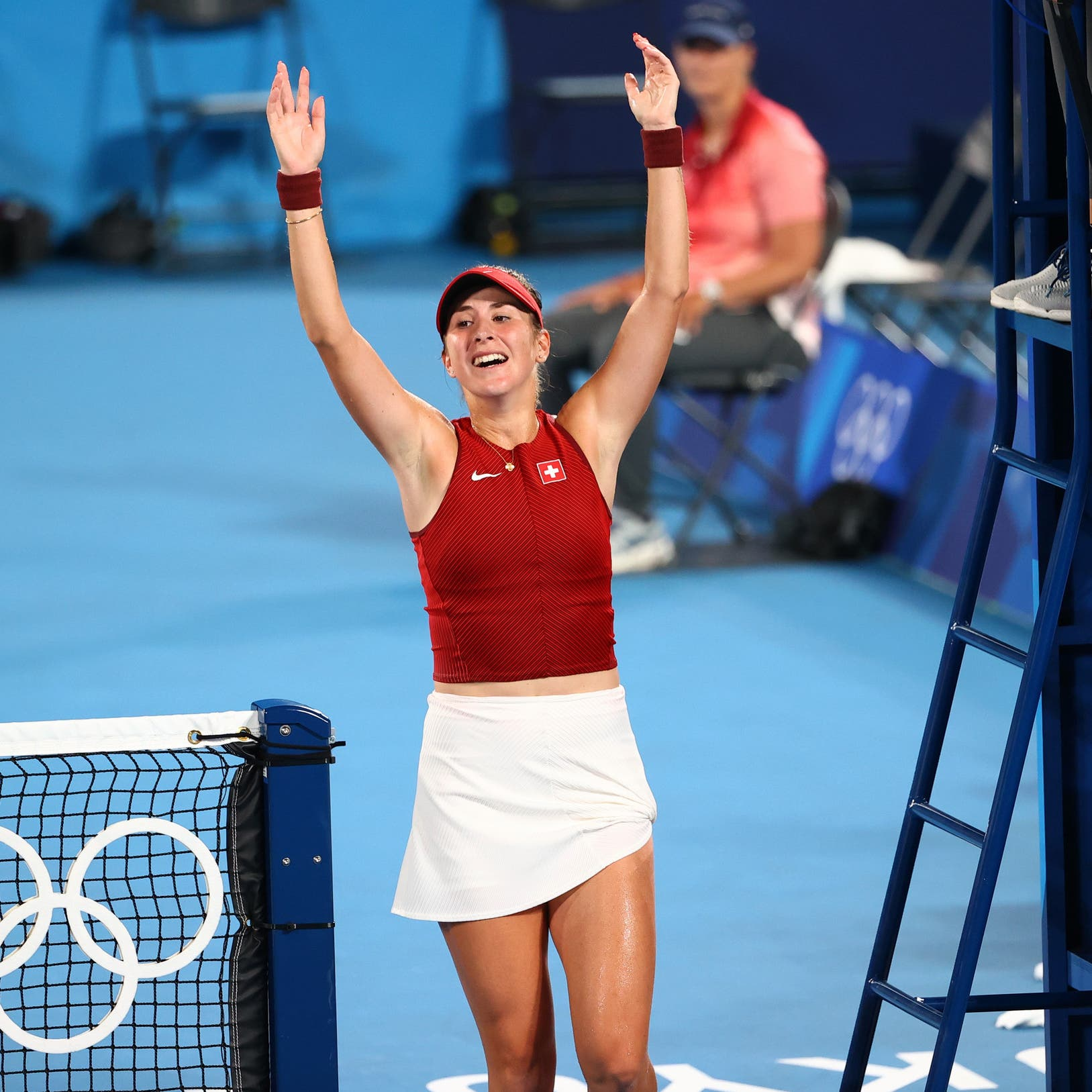 السويسرية بليندا بنتشيتش تحرز ذهبية فردي التنس للسيدات