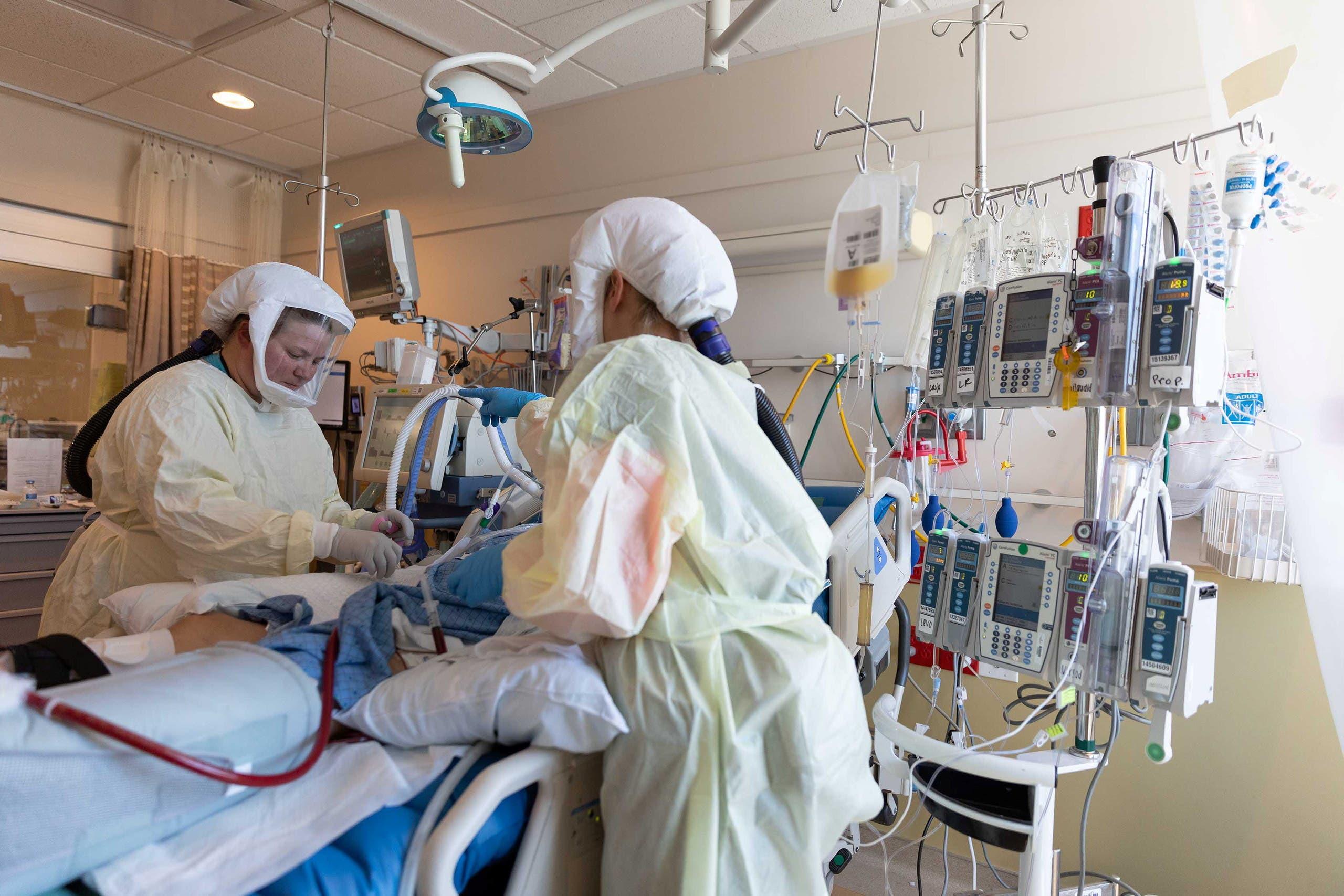 مصاب بكورونا في العناية الفائقة في أحد مستشفيات يوتا في الولايات المتحدة