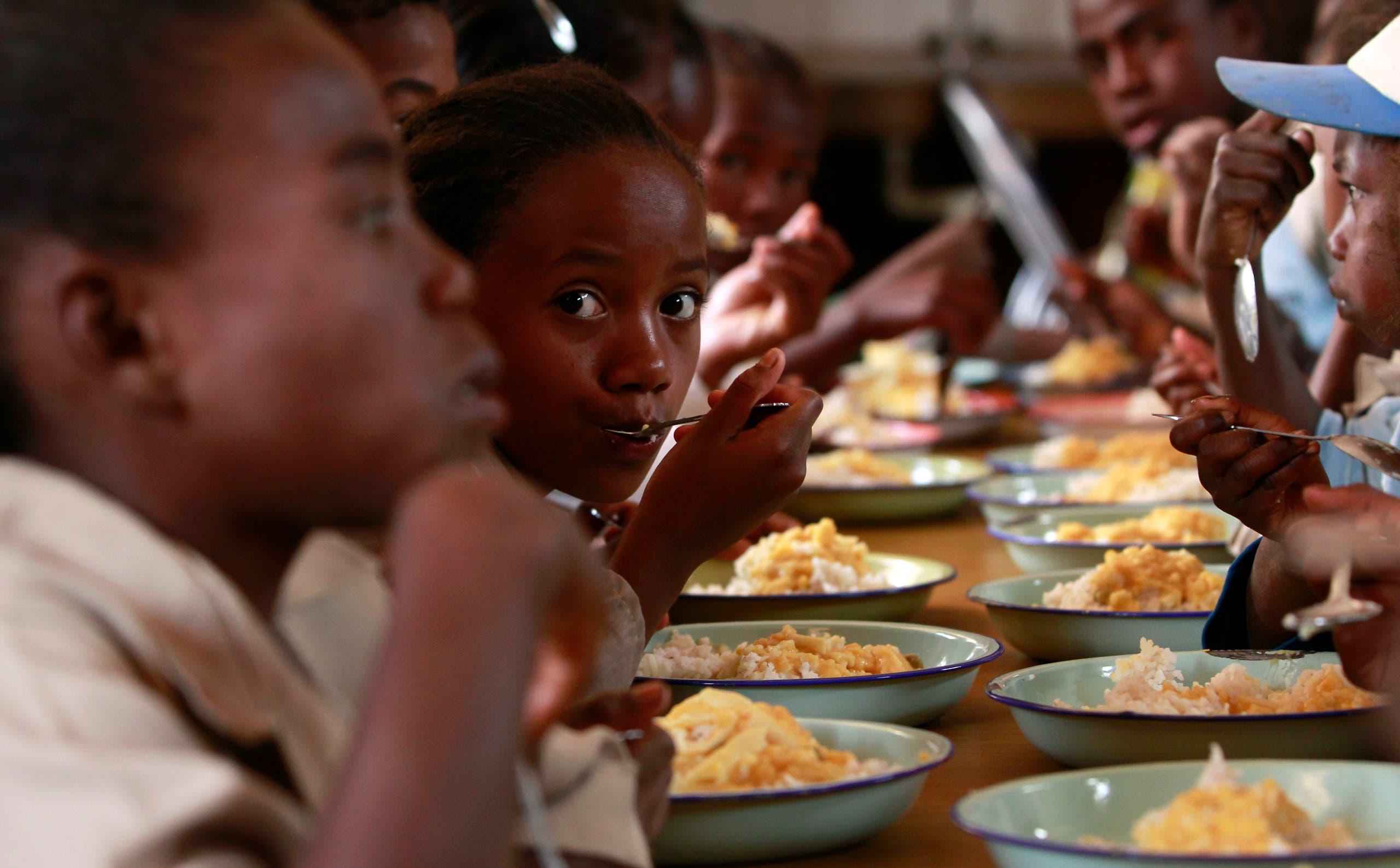 مبادرة لإطعام الأطفال في المدارس في مدغشقر لمكافحة الجوع