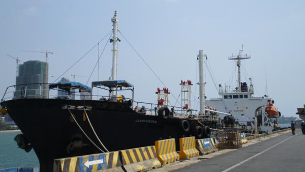 US says it seized petroleum-filled tanker for violating North Korea sanctions