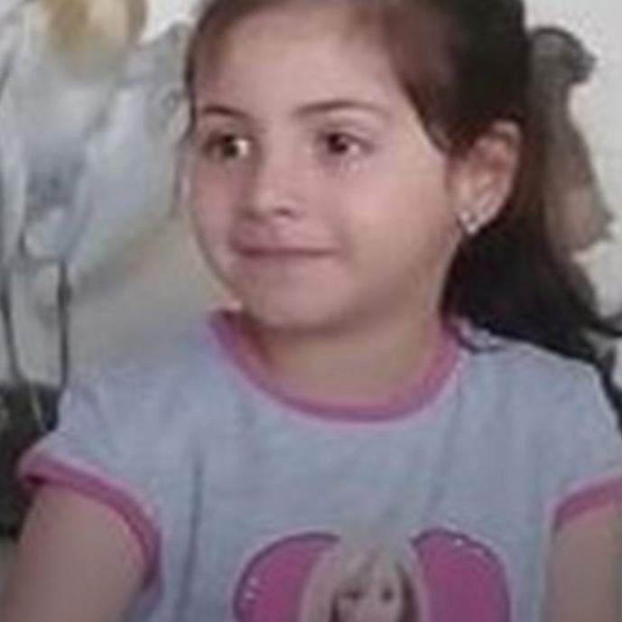"""""""بكير يا بنتي"""".. طفلة الـ7 سنوات تفجع لبنان برصاص طائش"""