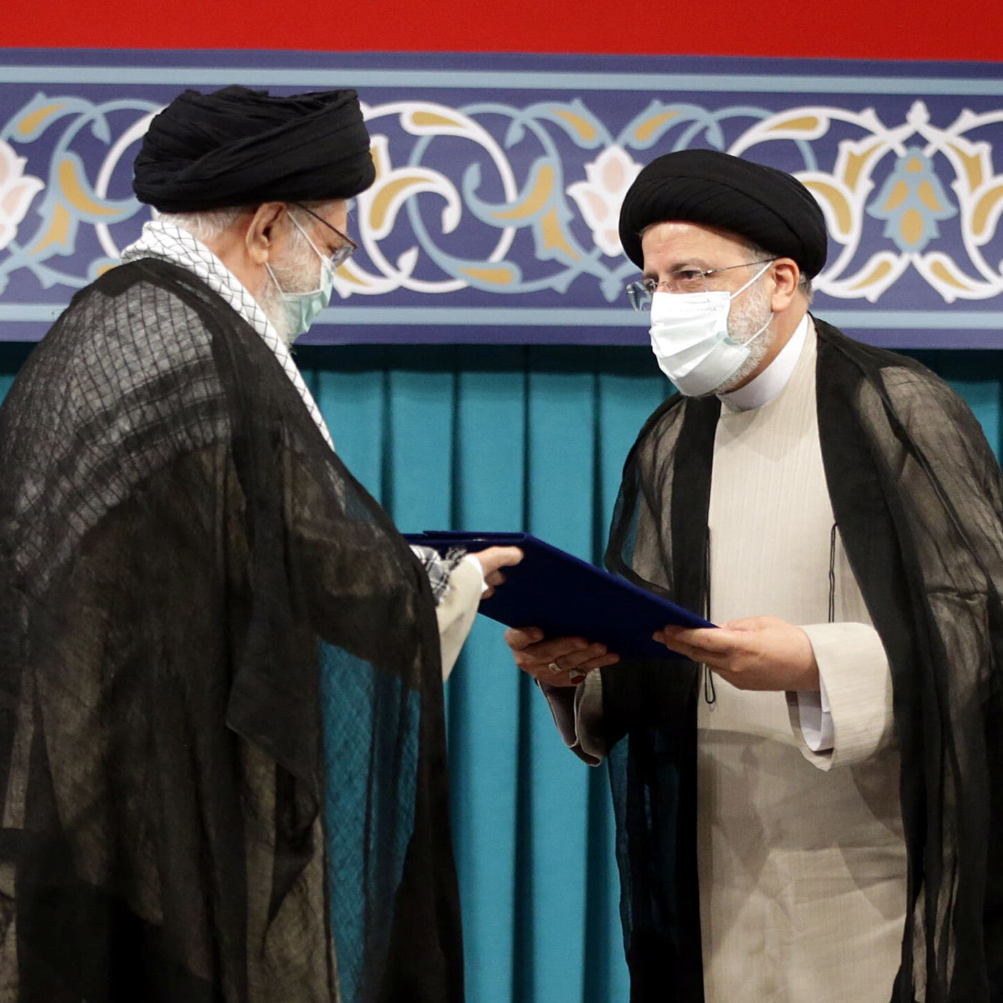 حول خامنئي ورئيس إيران.. جمهوريون يطالبون بايدن بإيضاحات