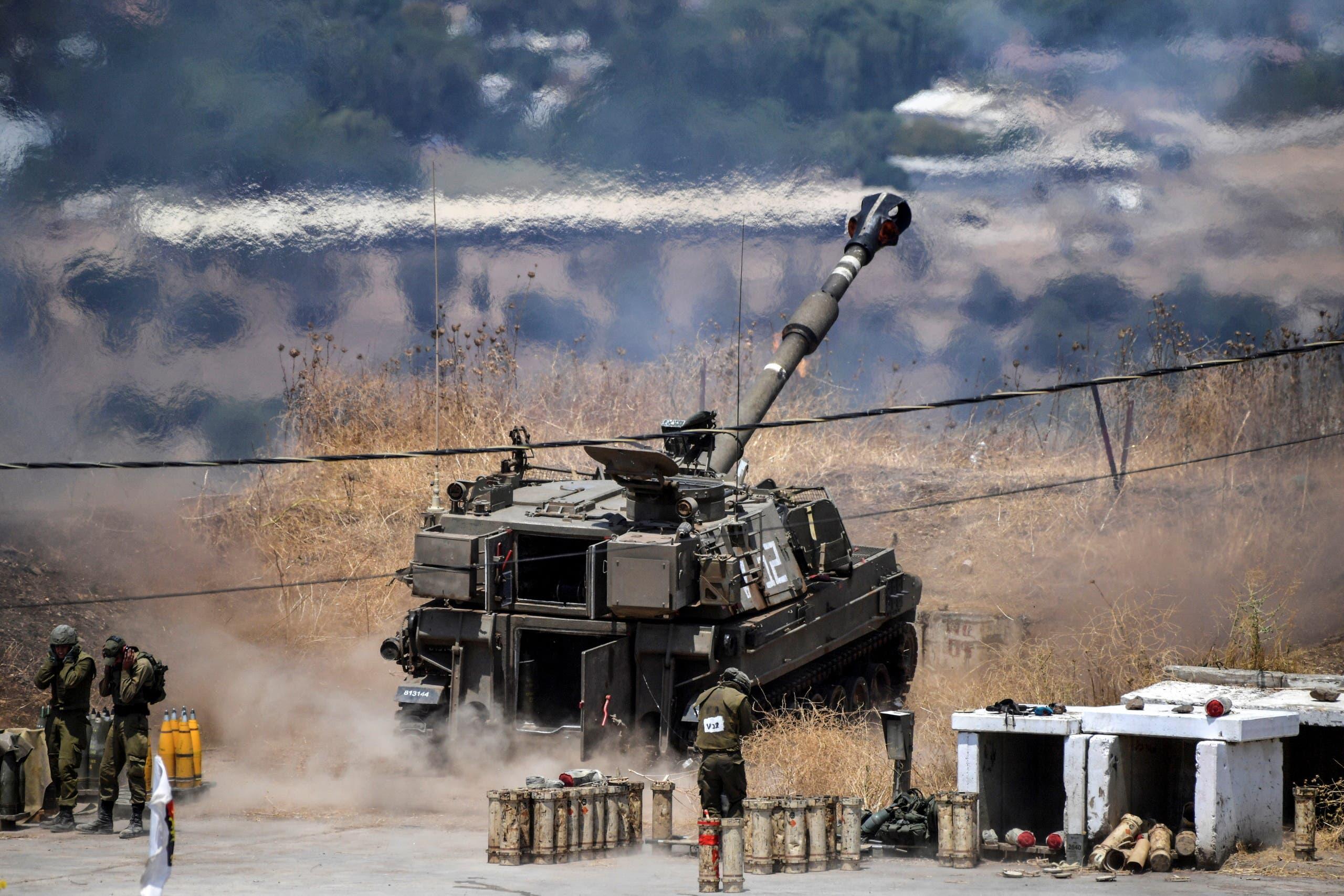 المدفعية الإسرائيلية (رويترز)