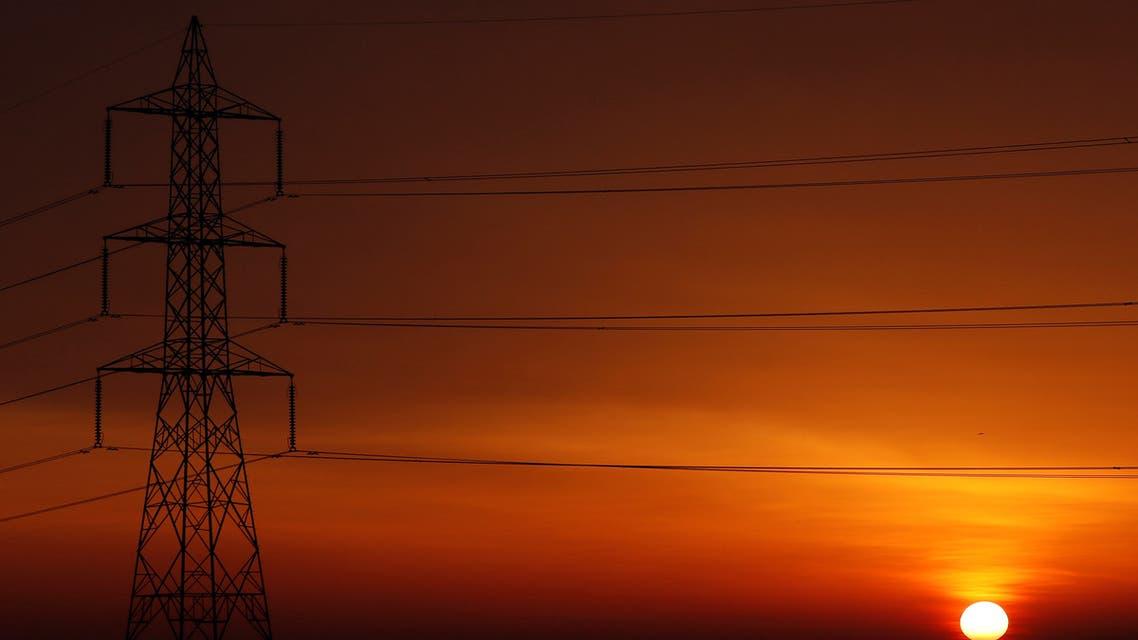 شبكة كهرباء القاهرة (رويترز)