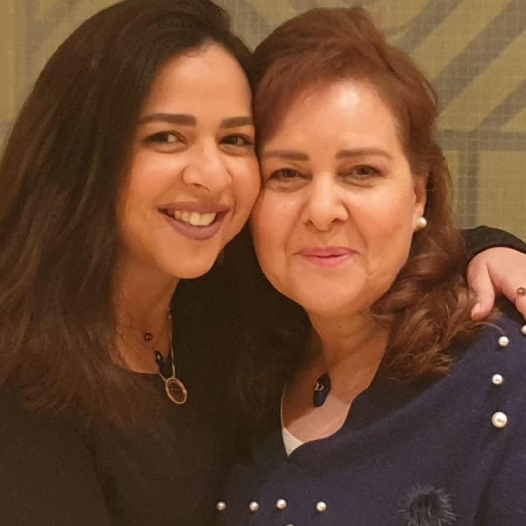 إيمي سمير غانم لوالدتها الراحلة: بتعذب من غيرك