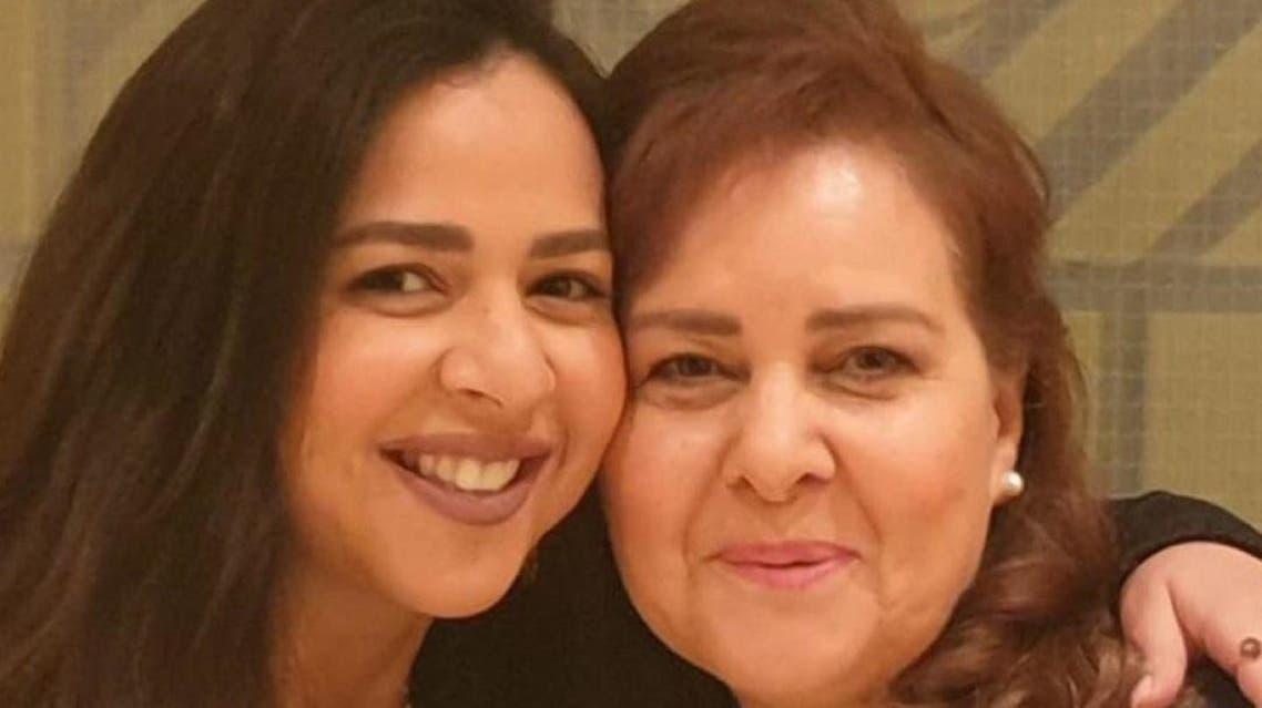 دلال عبدالعزيز وإيمي سمير غانم