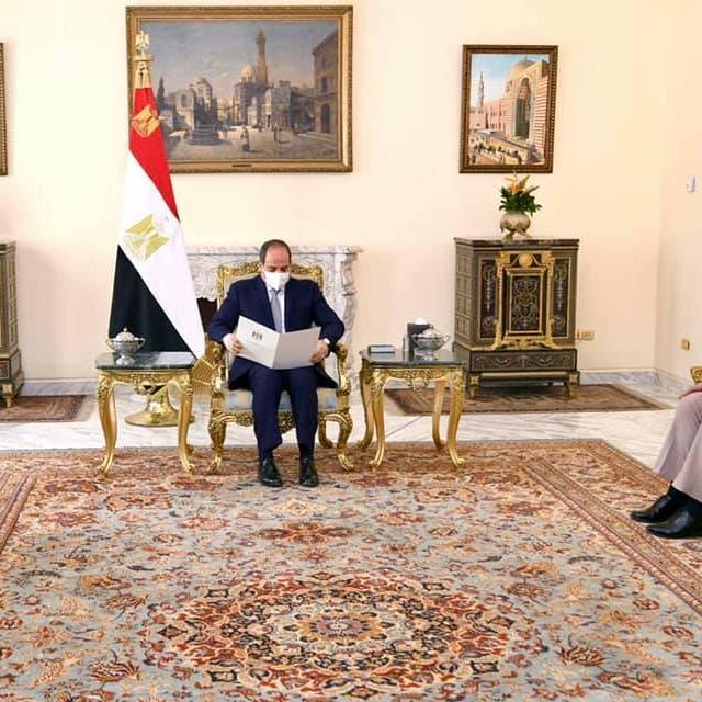 السيسي يبحث مع وزير دفاع العراقالقضايا المشتركة