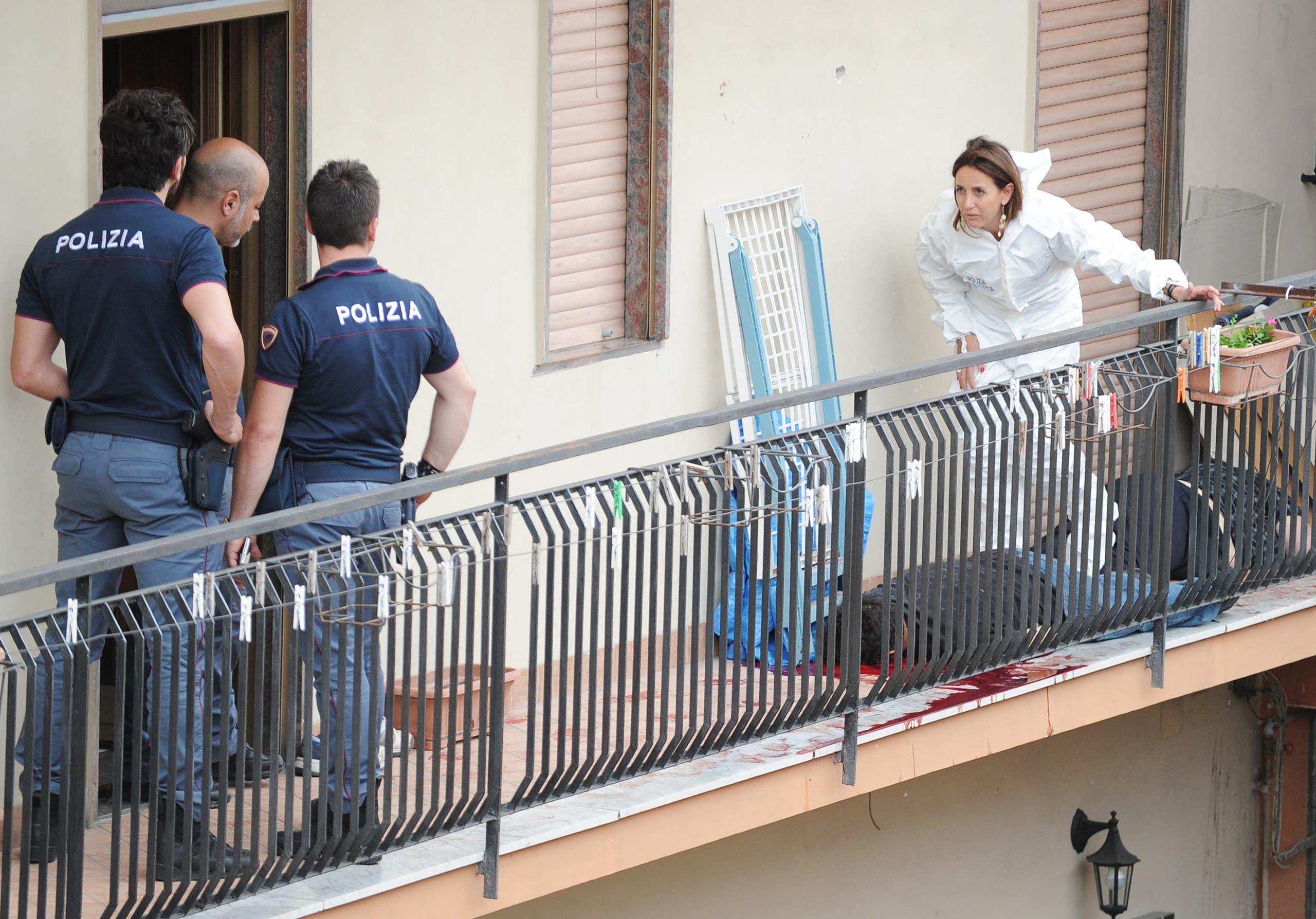 جريمة على صلة بالمافيا في ضاحية سيكونديليانو في نابولي في 2015