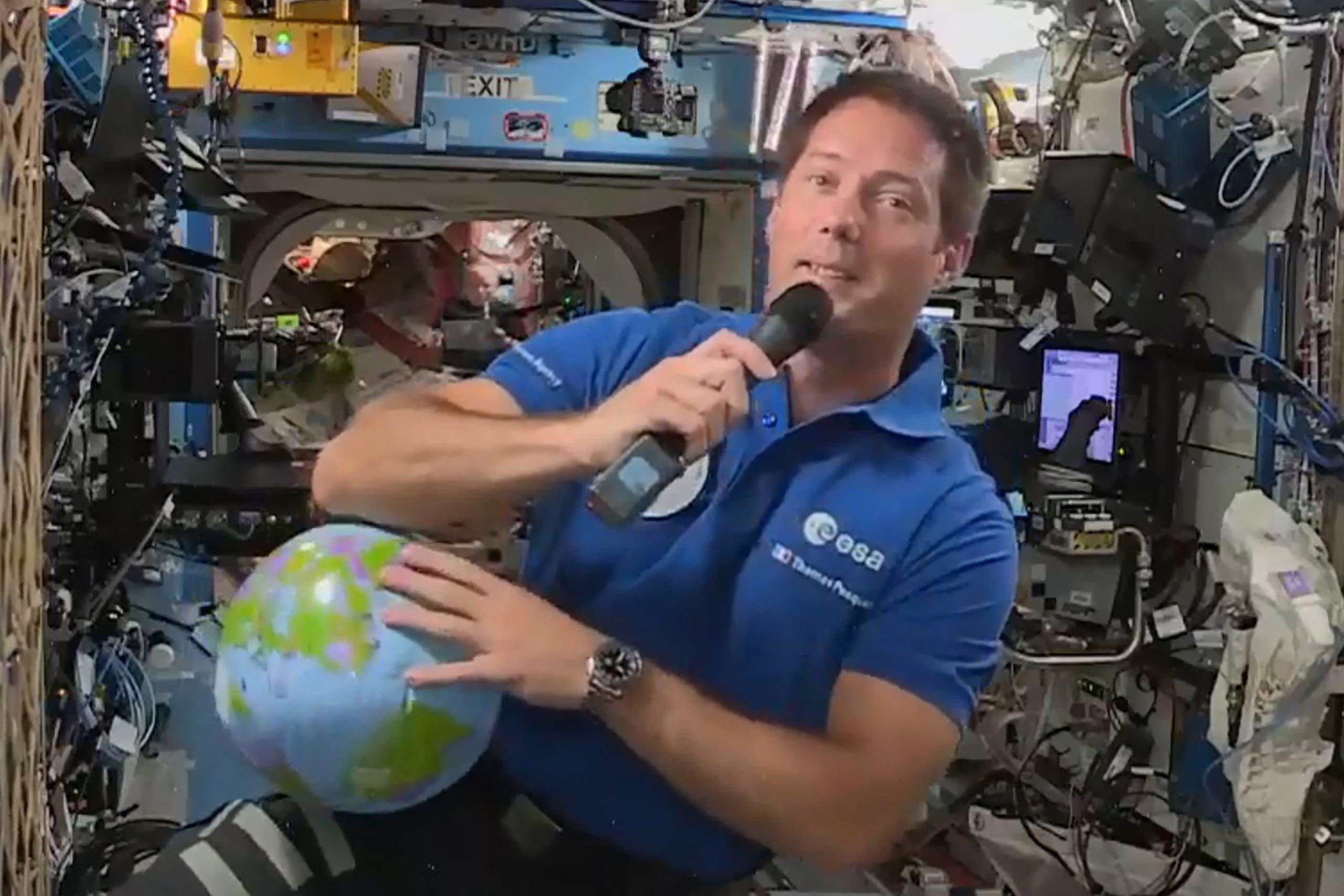 الرائد الفرنسي توما بيسكيه في محطة الفضاء الدولية