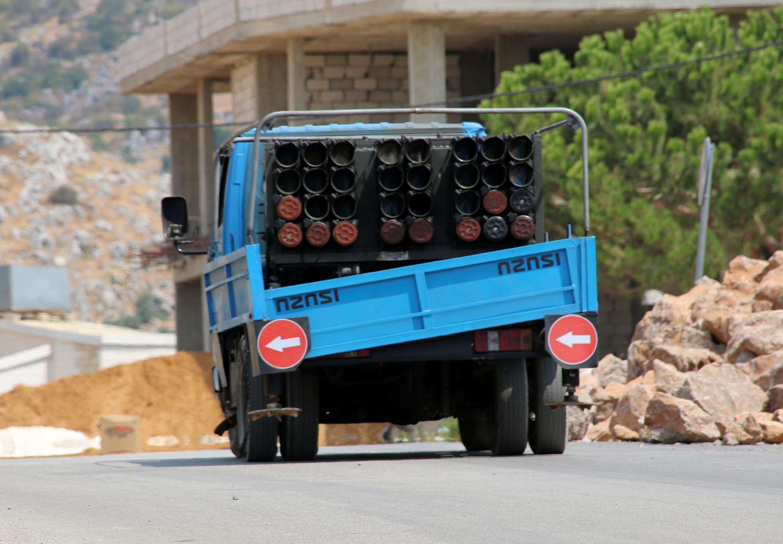 شاحنة صواريخ حزب الله التي ضبطها سكان بلدة شويا بعد عودتها من الحدود حيث أطلقت صواريخ باتجاه إسرائيل الجمعة