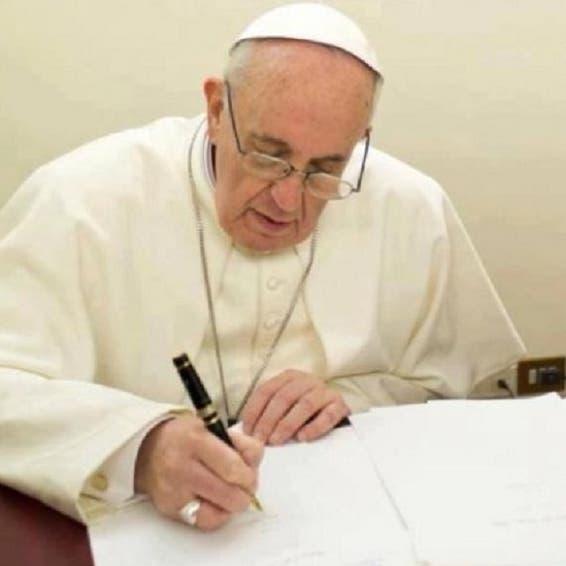 تهديد بابا الفاتيكان برسالة عثروا بداخلها على 3 رصاصات
