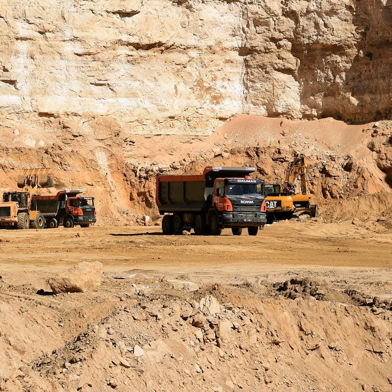 Tunisia places travel ban on 12 officials suspected of corruption in phosphate mining