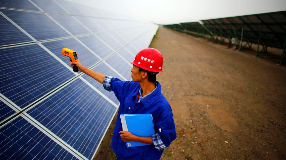محطة للطاقة الشمسية في الصين (رويترز)