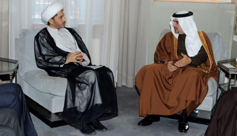 ولي عهد البحرين الأمير سلمان بن حمد آل خليفة مستقبلا علي سلمان