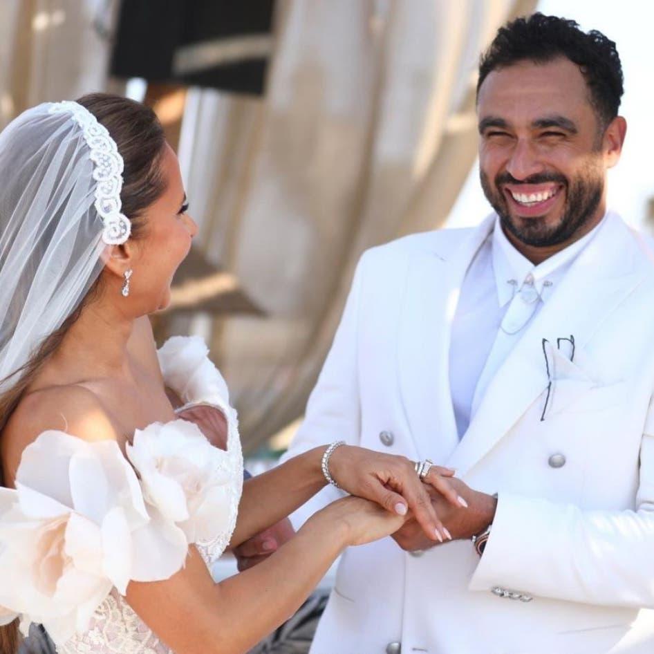 بالأبيض.. نيللي كريم تتألق في حفل زفافها على لاعب الإسكواش
