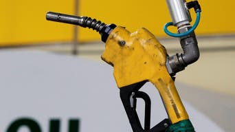 پاکستان: پیٹرولیم مصنوعات کی قیمتوں میں 12 روپے فی لیٹر سے زائد کا اضافہ
