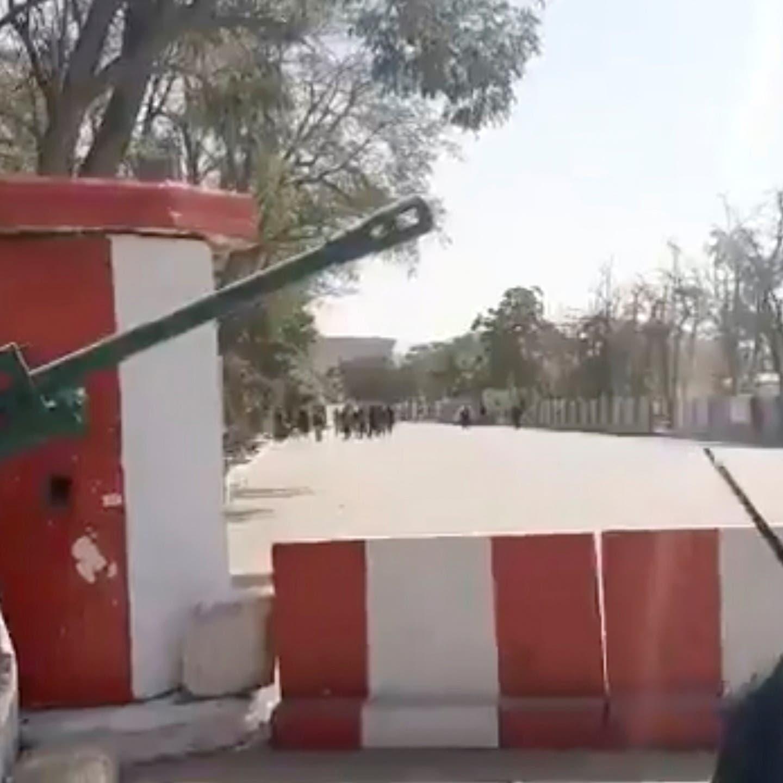 حركة طالبان تسيطر على 11 ولاية أفغانية من أصل 34