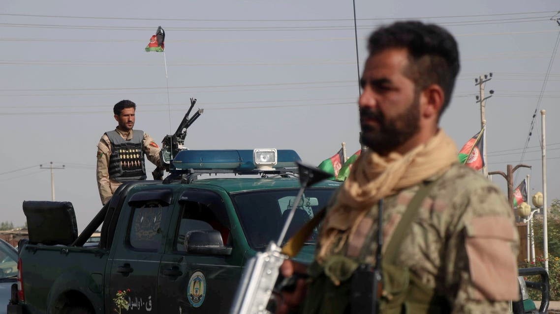 Afghan security forces keep watch at a checkpoint in the Guzara district of Herat province, Afghanistan July 9, 2021. (File photo: Reuters)