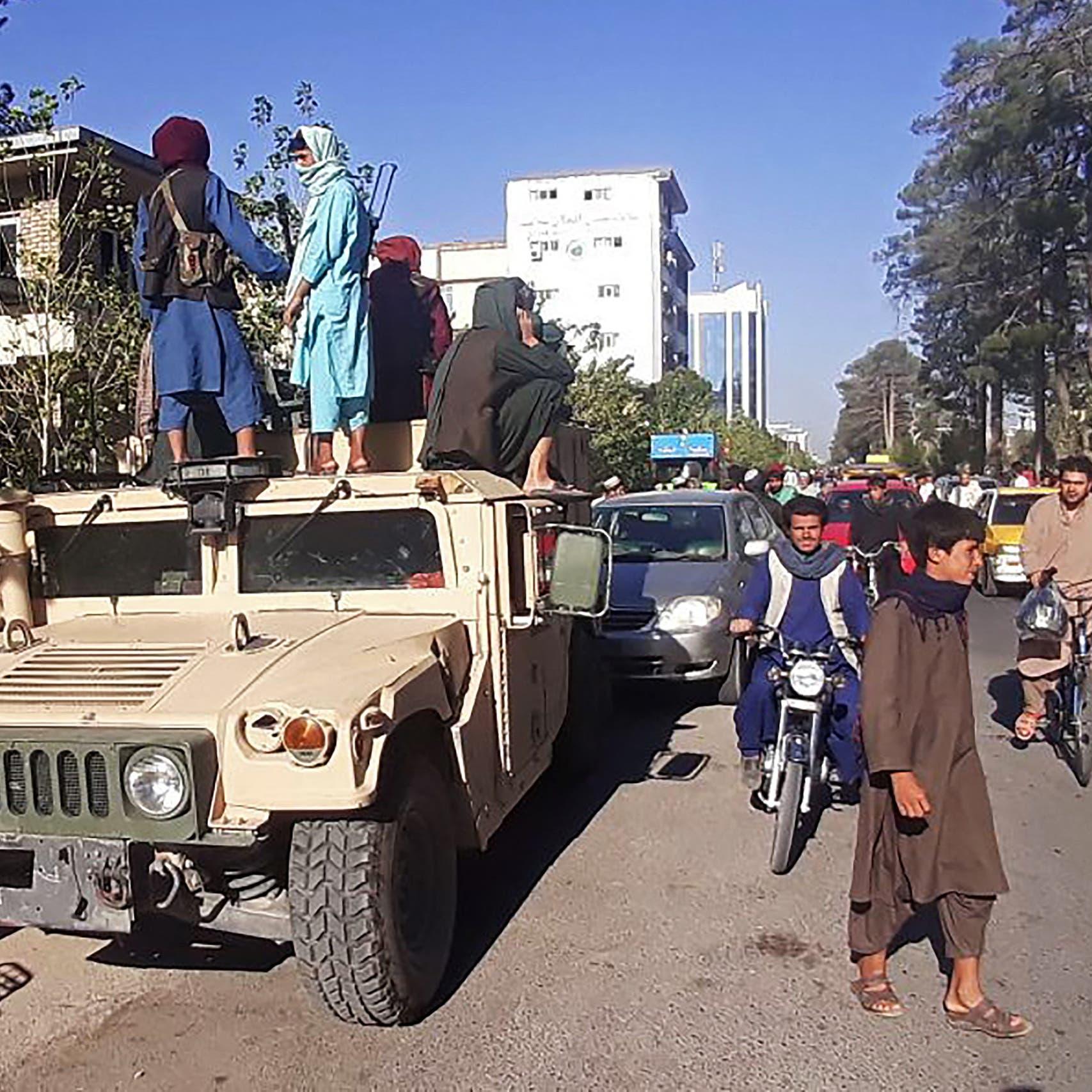 أنباء عن مفاوضات بين طالبان والرئيس الأفغاني حول كابل