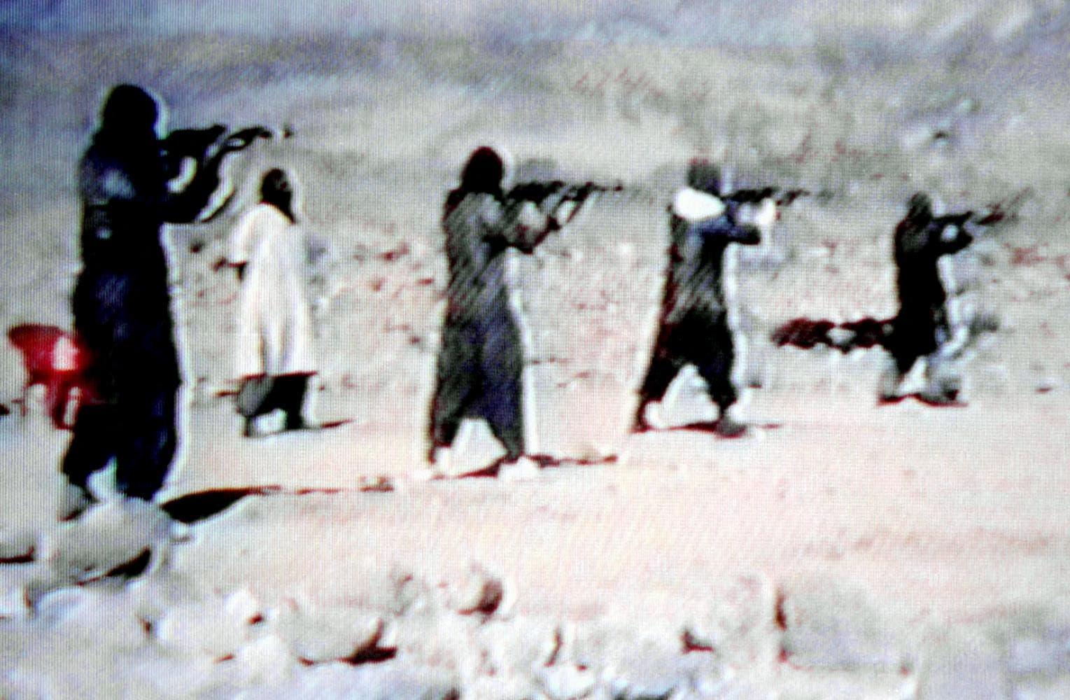 معسكر تدريب للقاعدة في أفغانستان في تسعينيات القرن الماضي