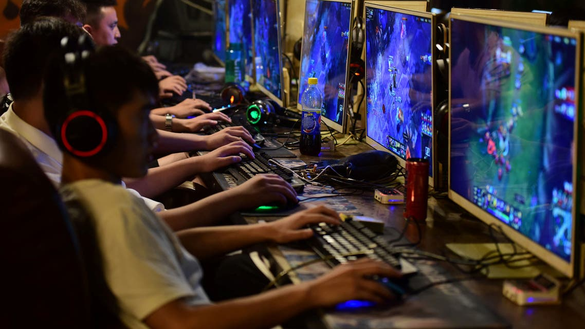 People play online games at an internet cafe in Fuyang, Anhui province, China August 20, 2018. Picture taken August 20, 2018. (Reuters)
