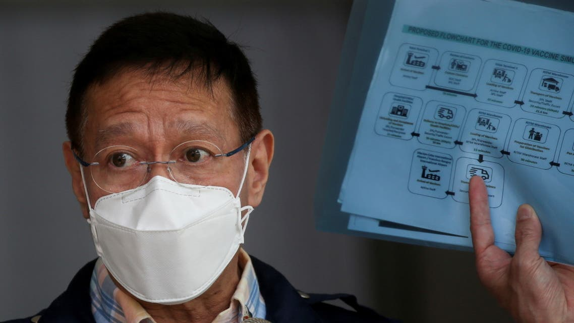 Philippine Health Secretary Francisco Duque holds a flowchart for the COVID-19 vaccine simulation during a press briefing at the Research Institute for Tropical Medicine in Muntinlupa, Metro Manila, Philippines, February 9, 2021. (File photo: Reuters)
