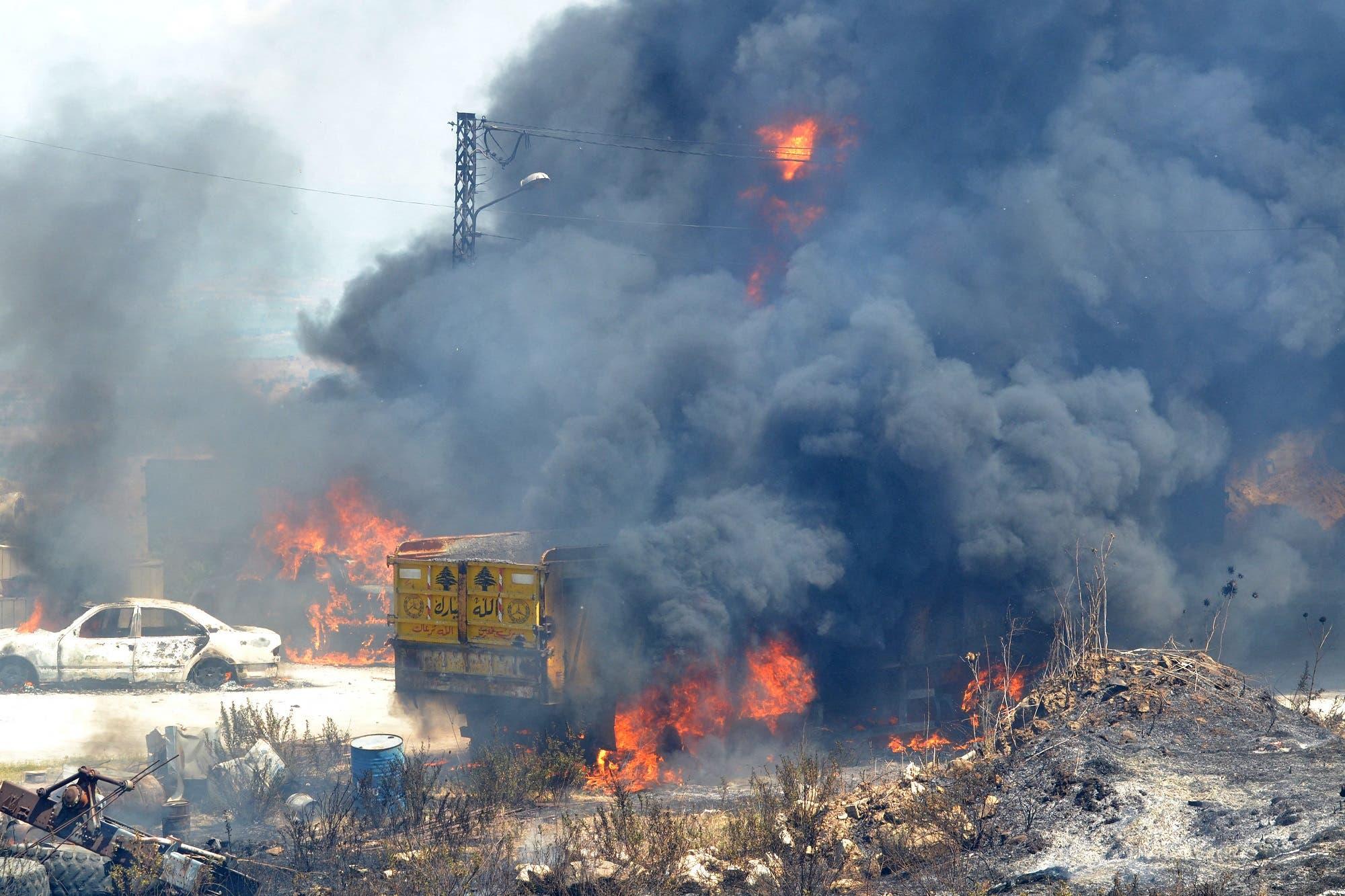 من انفجار خزان الوقود في منطقة عكار (أرشيفية من فرانس برس)