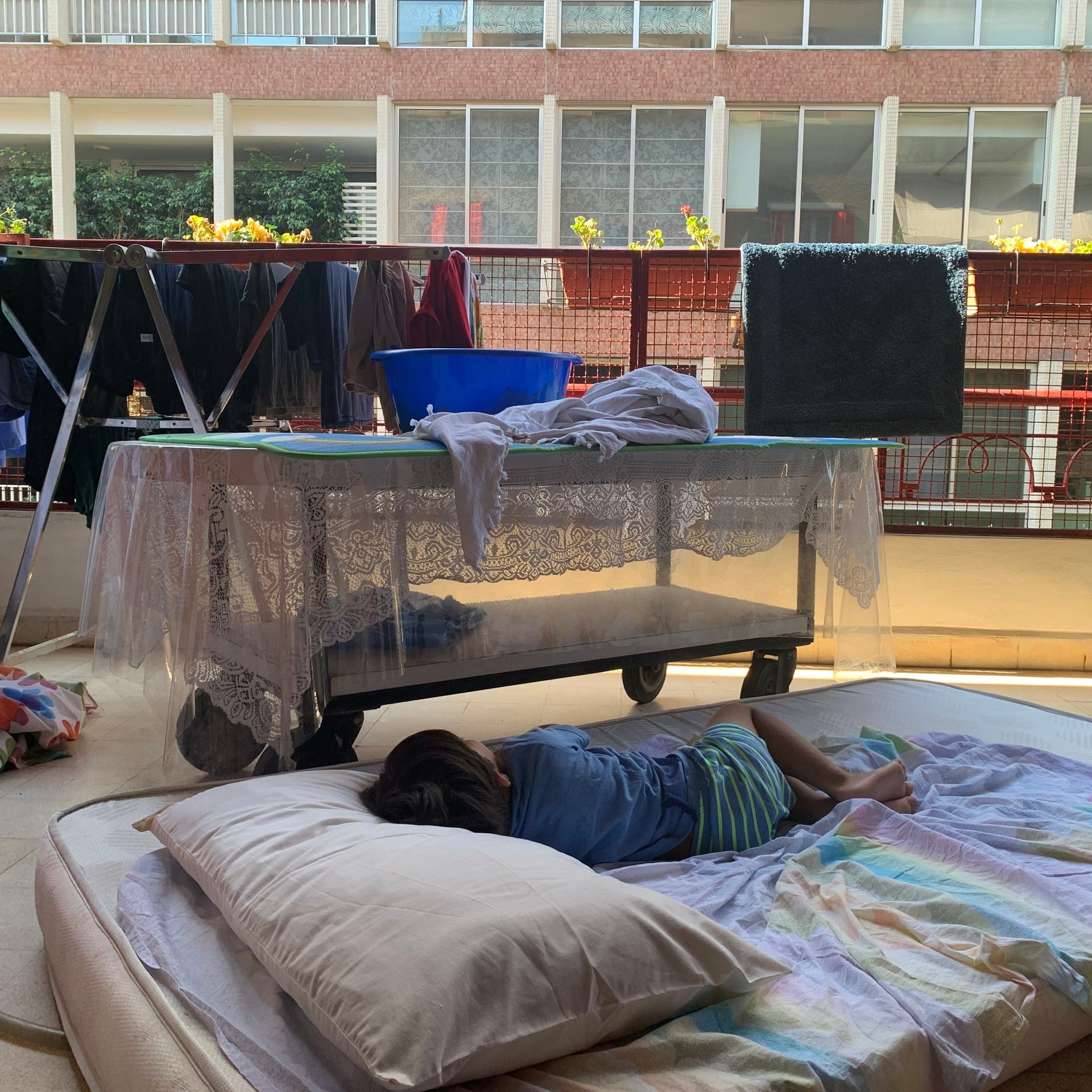 Power outages in Lebanon aggravate heatwave conditions, public health