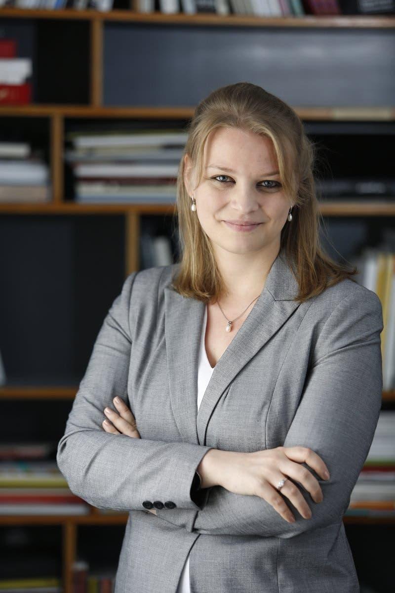 Dr. Nina Heydemann, Director of Maraya Art Center and 1971 – Design Space.