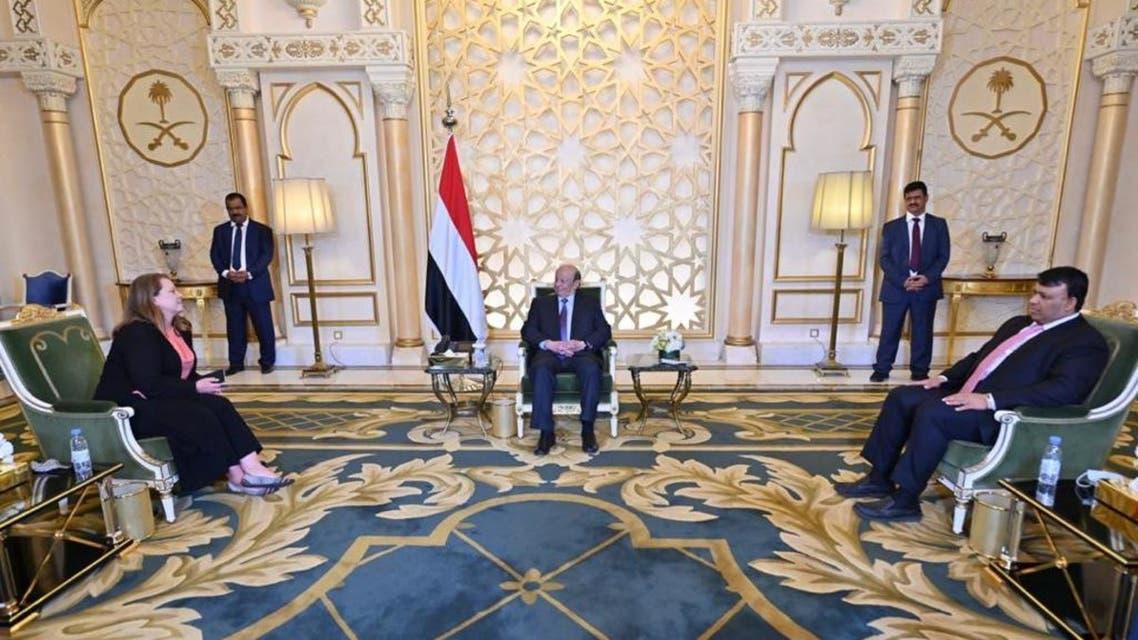 الرئيس هادي يستقبل السفيرة الأميركية في اليمن