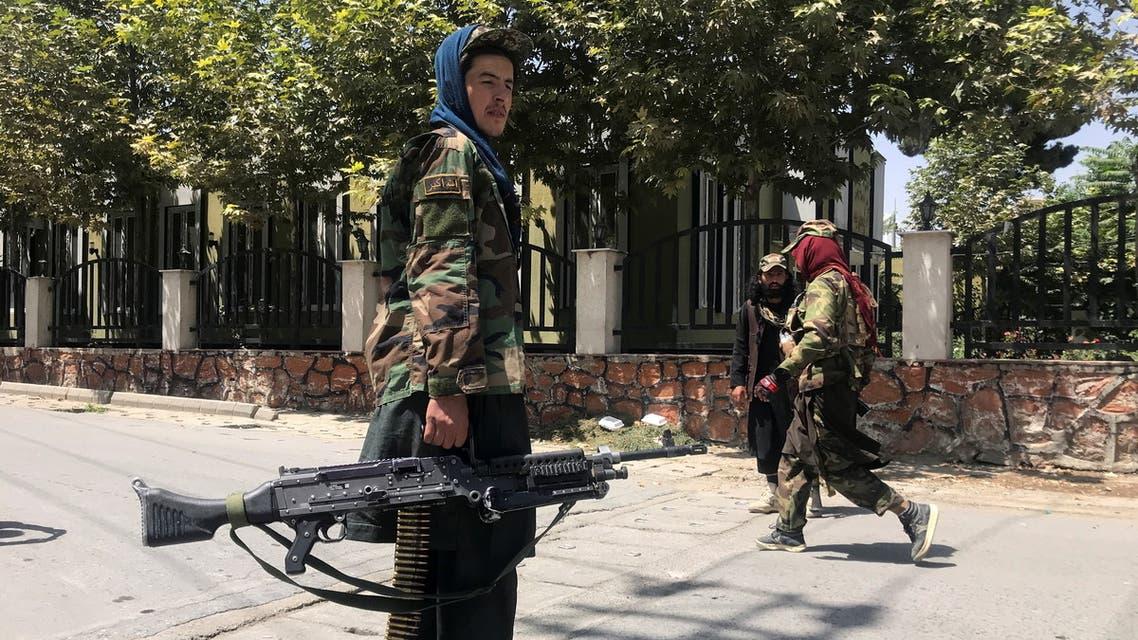 عناصر من طالبان في كابول (رويترز)