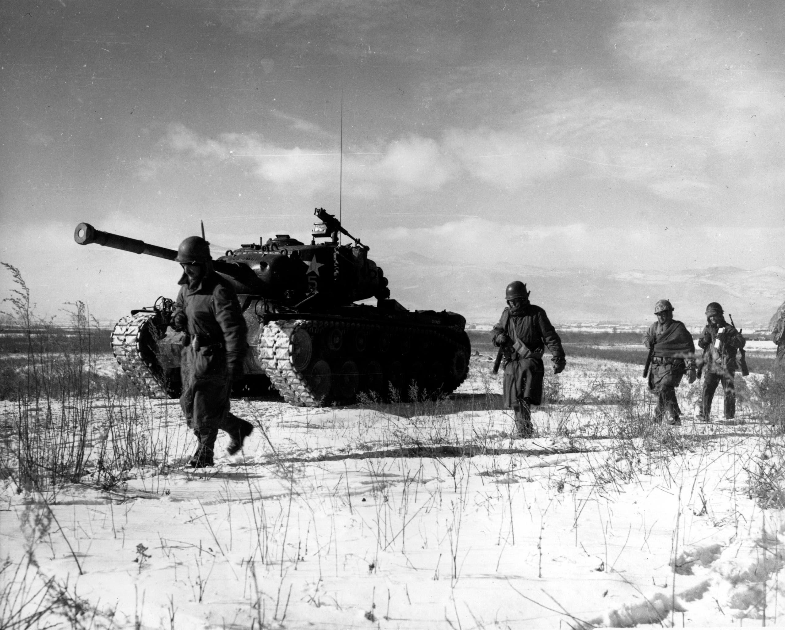 جانب من القوات الأميركية التي شاركت بالحرب الكورية