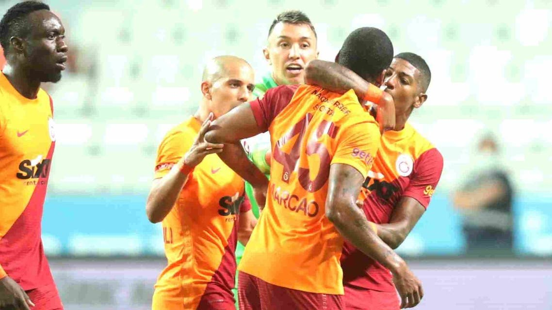 Galatasarays-Marcao-receives-a-red-card-after-fighting-his-own