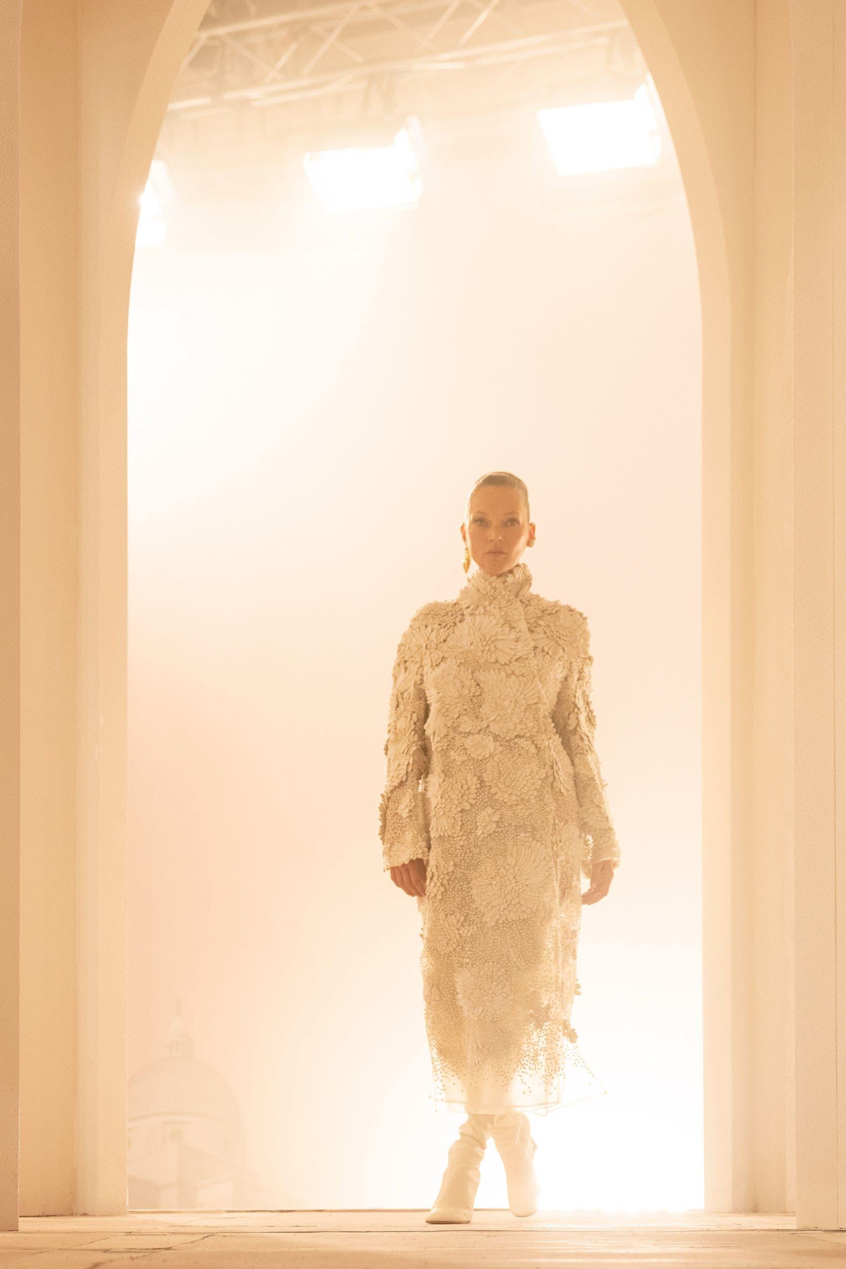 من مجموعة فندي من الأزياء الراقية لخريف2021