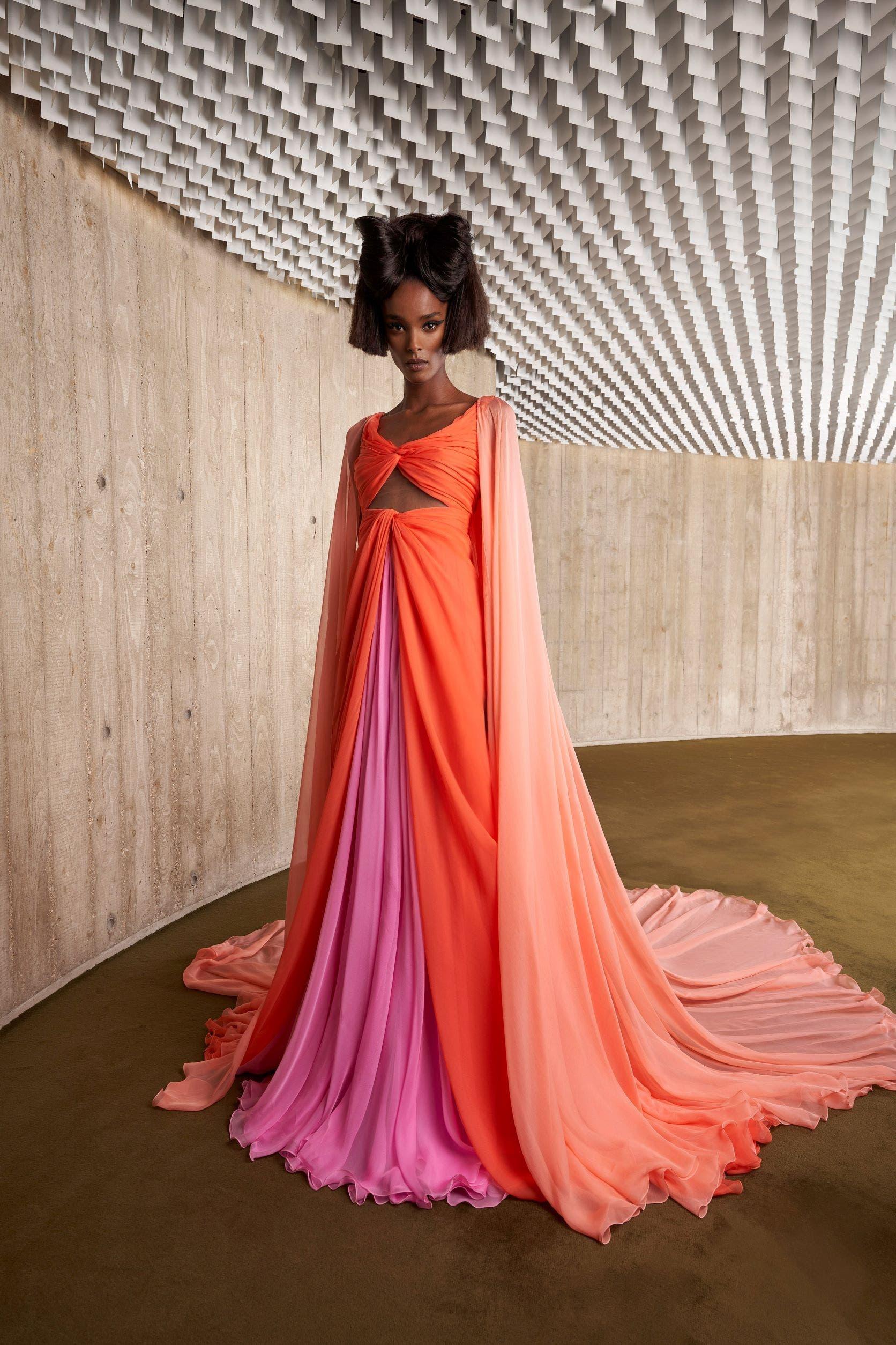 من مجموعة غيامباتيستا فالي من الأزياء الراقية لخريف2021