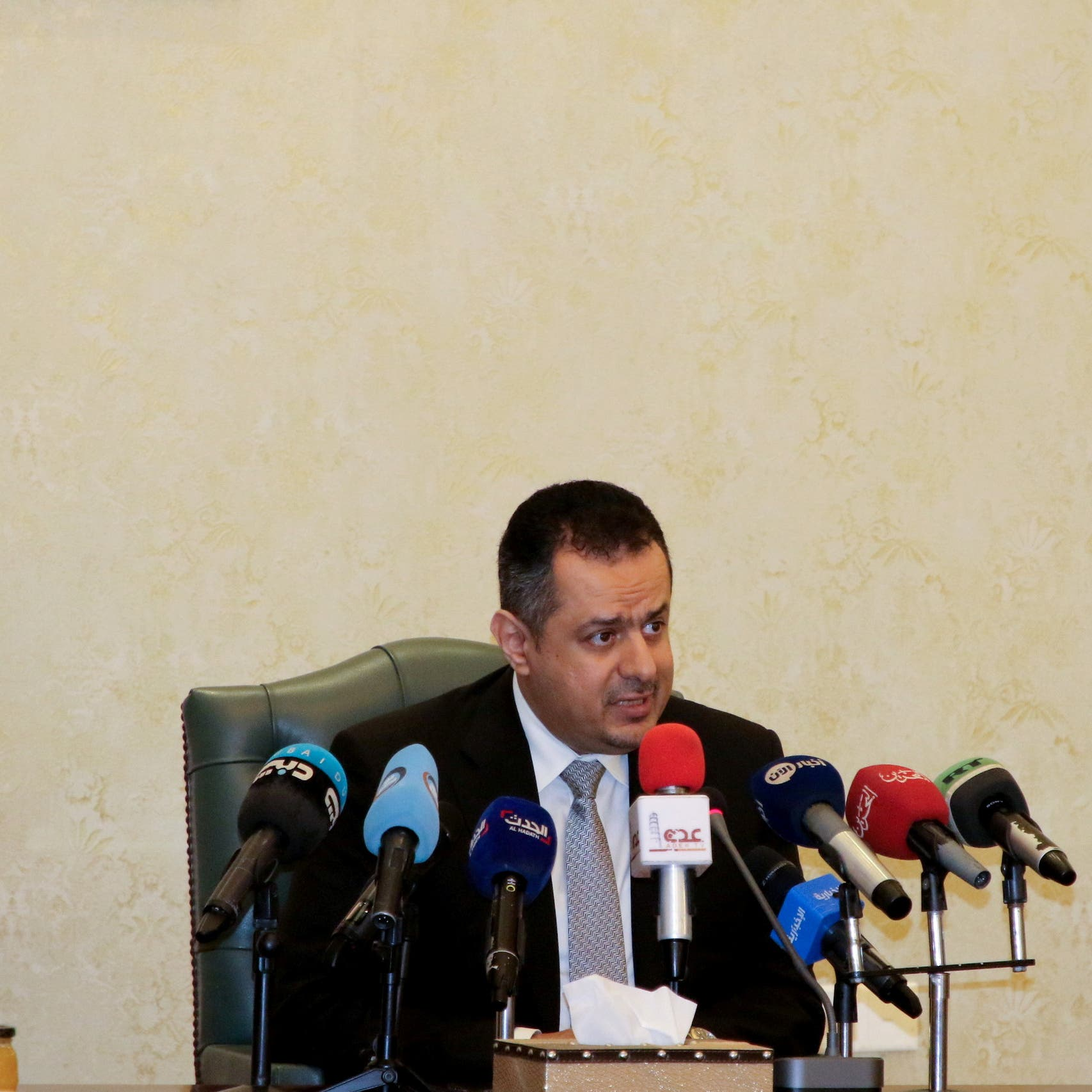 حكومة اليمن تطالب بدعم دولي لإجراءاتها لتفادي كارثة إنسانية