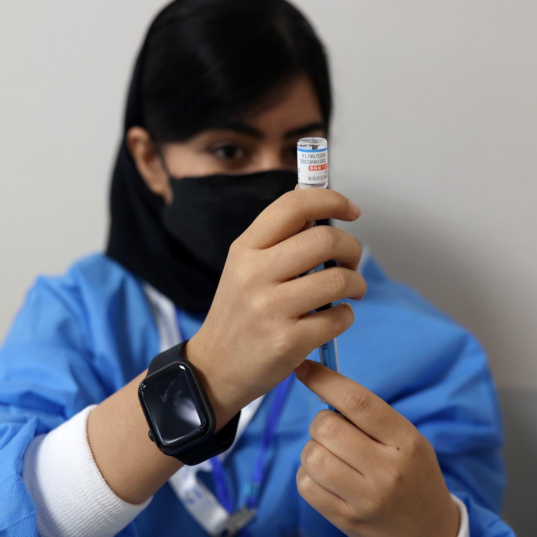 """وثيقة صحية إيرانية تؤكد """"الفشل التام"""" لبرنامج التطعيم"""