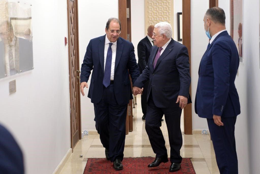 محمود عباس يستقبل عباس كامل