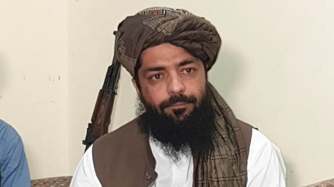 Waheedullah Hashimi (C), a senior Taliban commander, gestures as he speaks with Reuters during an interview at an undisclosed location near Afghanistan-Pakistan border August 17, 2021. Picture taken August 17, 2021. REUTERS/Stringer NO RESALES. NO ARCHIVE